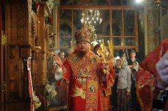 Фоторепортаж из Свято-Троицкого Ионинского монастыря о праздновании Светлого праздника Пасхи 396