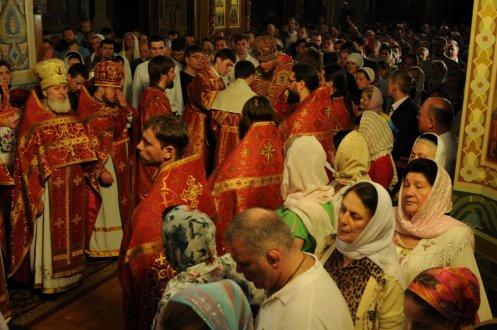 Фоторепортаж из Свято-Троицкого Ионинского монастыря о праздновании Светлого праздника Пасхи 418
