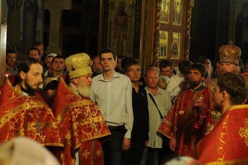 Фоторепортаж из Свято-Троицкого Ионинского монастыря о праздновании Светлого праздника Пасхи 429