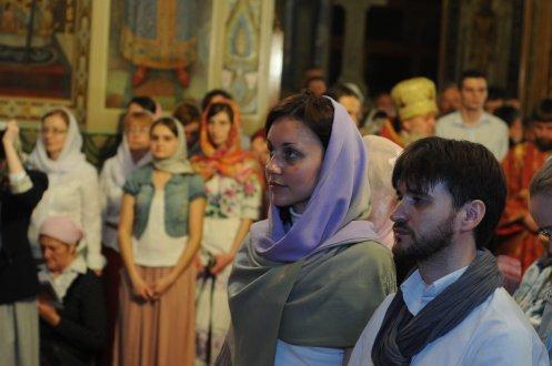 Фоторепортаж из Свято-Троицкого Ионинского монастыря о праздновании Светлого праздника Пасхи 437