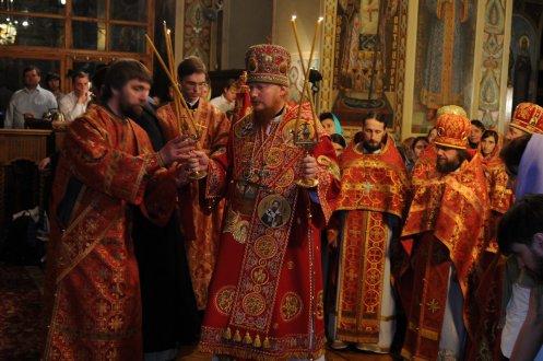 Фоторепортаж из Свято-Троицкого Ионинского монастыря о праздновании Светлого праздника Пасхи 476