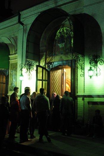 Фоторепортаж из Свято-Троицкого Ионинского монастыря о праздновании Светлого праздника Пасхи 498