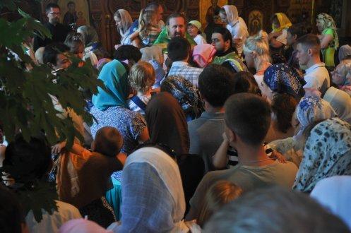 Святая Троица. Фотографии праздничного богослужения из Свято-Троицкого Ионинского монастыря.2013 год. 198
