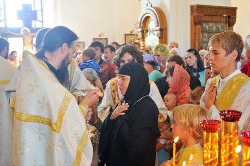 300 фото с храмового праздника Преображение Господне Спасо-Преображенского скита Ионинского монастыря 163