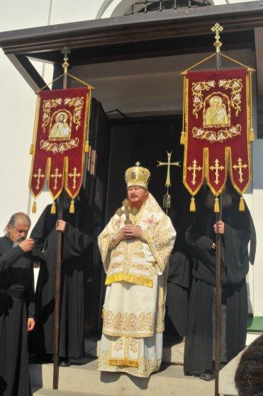 300 фото с храмового праздника Преображение Господне Спасо-Преображенского скита Ионинского монастыря 240
