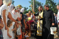 300 фото с храмового праздника Преображение Господне Спасо-Преображенского скита Ионинского монастыря 257