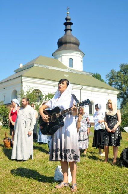 300 фото с храмового праздника Преображение Господне Спасо-Преображенского скита Ионинского монастыря 285