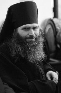 Несколько фотографий с Рождественской службы из Свято-Троицкого Китаевского мужского монастыря. 17