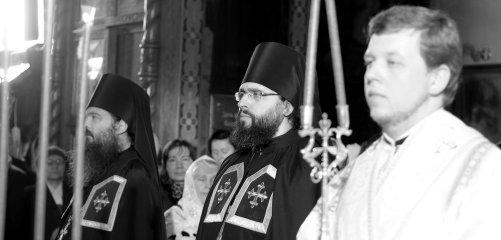 Фотографии с Рождественской службы в СвятоТроицком Ионинском монастыре 110