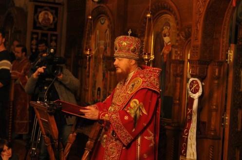 Фото репортаж со Свято-Троицкого Ионинского монастыря г.Киев со Светлого Праздника Воскресения Христова. 104