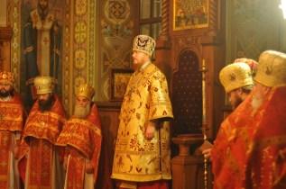 Фото репортаж со Свято-Троицкого Ионинского монастыря г.Киев со Светлого Праздника Воскресения Христова. 91