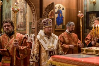 0211_orthodox_easter_kiev-1
