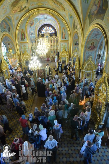 0403_0329_great-ukrainian-procession-with-the-prayer-for-peace-and-unity-of-ukraine