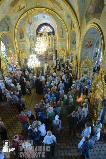 0404_0329_great-ukrainian-procession-with-the-prayer-for-peace-and-unity-of-ukraine