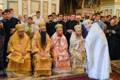 consecration_bishop_cassian_0035