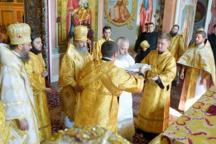consecration_bishop_cassian_0107