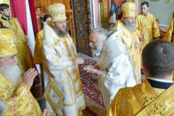 consecration_bishop_cassian_0111