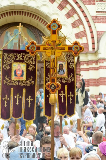 easter_procession_ukraine_0100