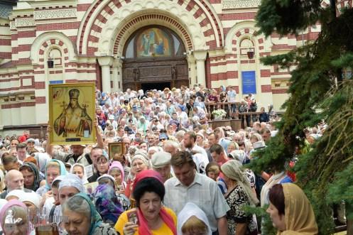 easter_procession_ukraine_0112