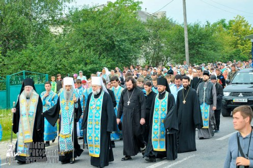 easter_procession_ukraine_an_0099