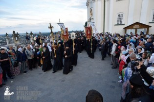 easter_procession_ukraine_pochaev_0022