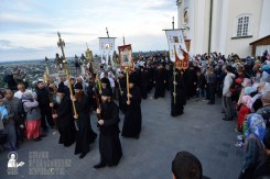 easter_procession_ukraine_pochaev_0025
