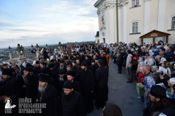 easter_procession_ukraine_pochaev_0029