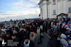easter_procession_ukraine_pochaev_0038