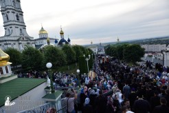 easter_procession_ukraine_pochaev_0040