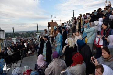 easter_procession_ukraine_pochaev_0046