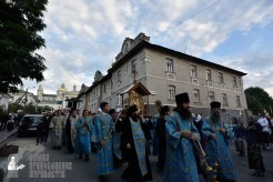 easter_procession_ukraine_pochaev_0062