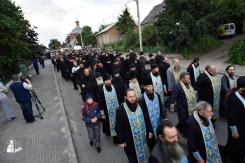 easter_procession_ukraine_pochaev_0071