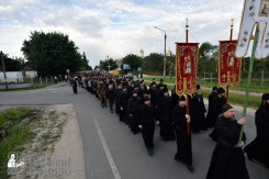 easter_procession_ukraine_pochaev_0082