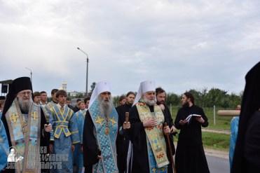 easter_procession_ukraine_pochaev_0105
