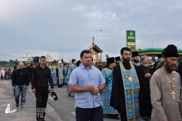easter_procession_ukraine_pochaev_0138