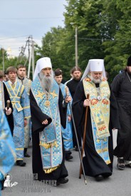 easter_procession_ukraine_pochaev_0157