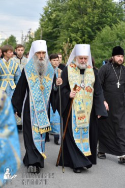 easter_procession_ukraine_pochaev_0161