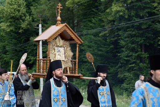 easter_procession_ukraine_pochaev_0164
