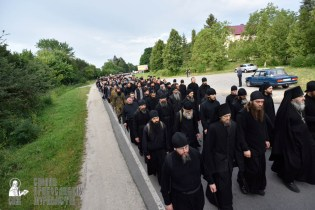 easter_procession_ukraine_pochaev_0173