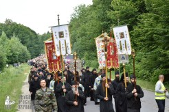 easter_procession_ukraine_pochaev_0220