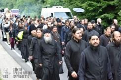 easter_procession_ukraine_pochaev_0222