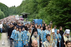 easter_procession_ukraine_pochaev_0228