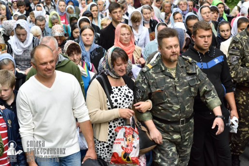easter_procession_ukraine_pochaev_0233