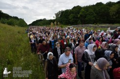 easter_procession_ukraine_pochaev_0246