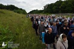 easter_procession_ukraine_pochaev_0262
