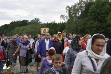 easter_procession_ukraine_pochaev_0267
