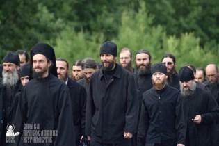 easter_procession_ukraine_pochaev_0295