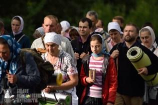easter_procession_ukraine_pochaev_0304