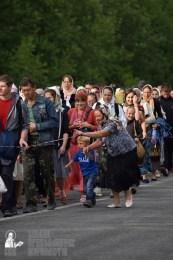 easter_procession_ukraine_pochaev_0306