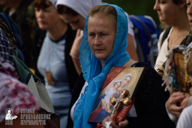 easter_procession_ukraine_pochaev_0307